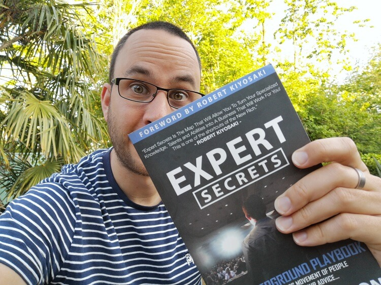 expert secrets book review